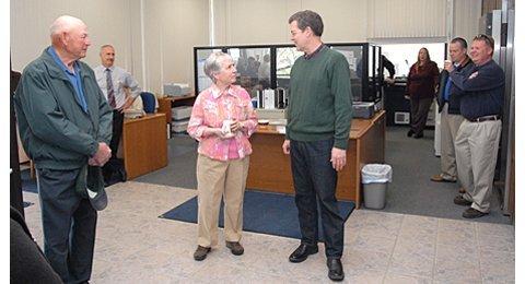 Governor visits Lyndon