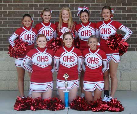080513-ochs-cheerleaders2