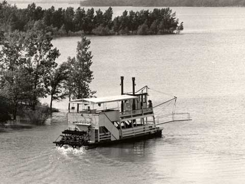 The Whippoorwill showboat as it cruises Pomona Lake in the 1970s. The Topeka Capital-Journal file photo.