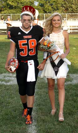 092214-lhs-homecoming2