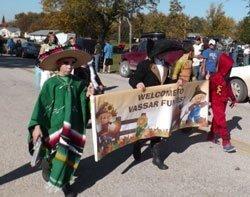102514-funfest-parade