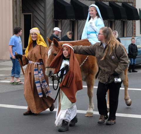 120614-lyndon-winterfest-sa