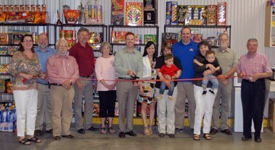 043015_garret_ribbon_cuttin