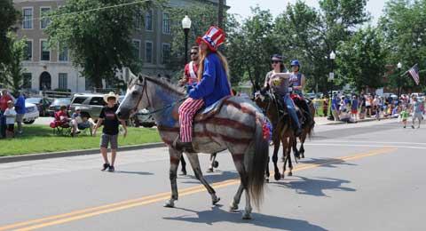 070415-lyndon-4th-horse