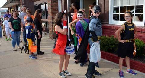 103116-halloween-parade-o2