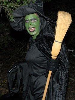 102913-melvern-trail-witch
